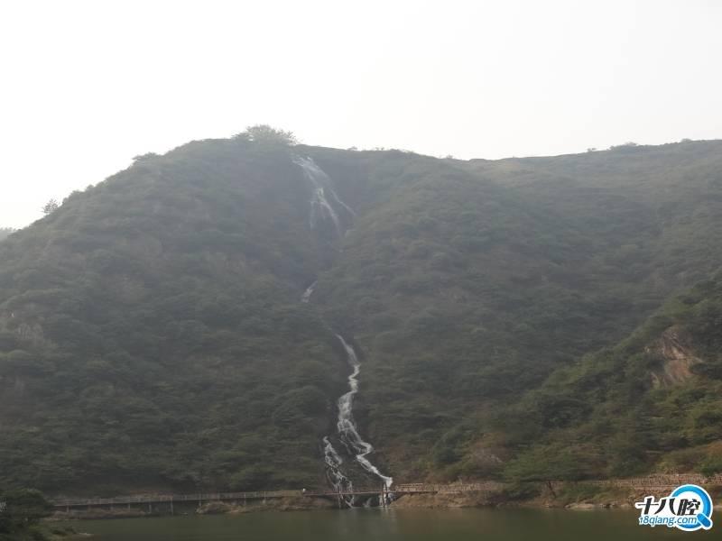 磐安舞龙峡——高山瀑布,山石流水