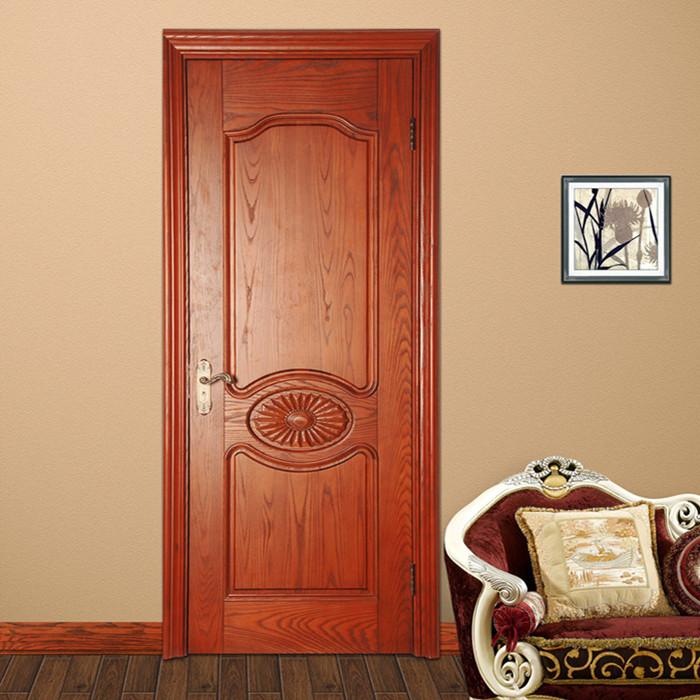 板式门为密闭型,无透视透光点,多用于户门和卧室门;芯板门起凸,立体