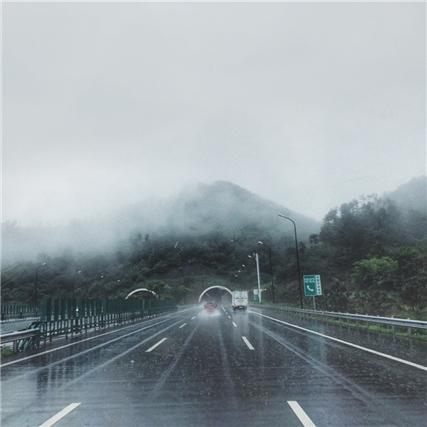 梅雨季节的义乌